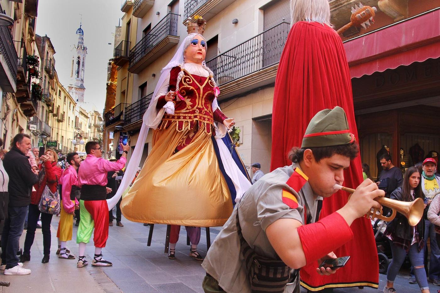 Valls escalfa motors per la rua de Carnaval